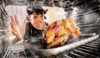 Mutfaktaki Yanmış Yağ Kokusu Nasıl Giderilir?